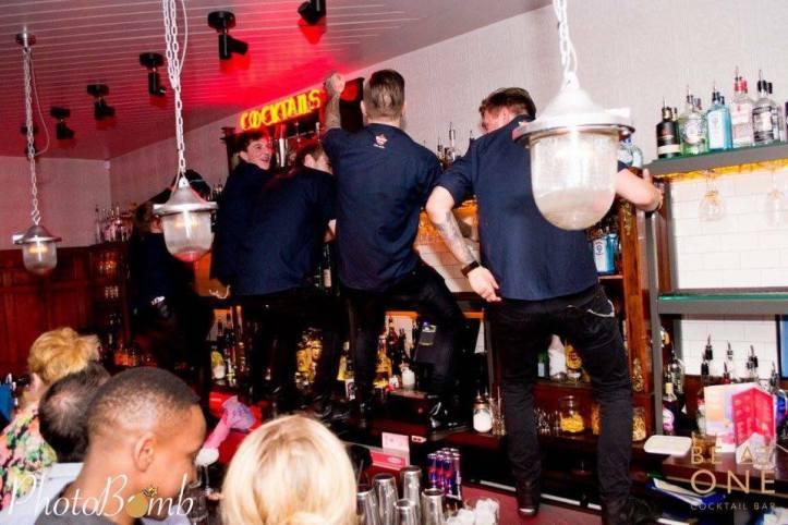 bar-dancing