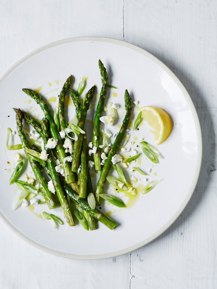 roasted asparagus with spring onion & goat's cheese